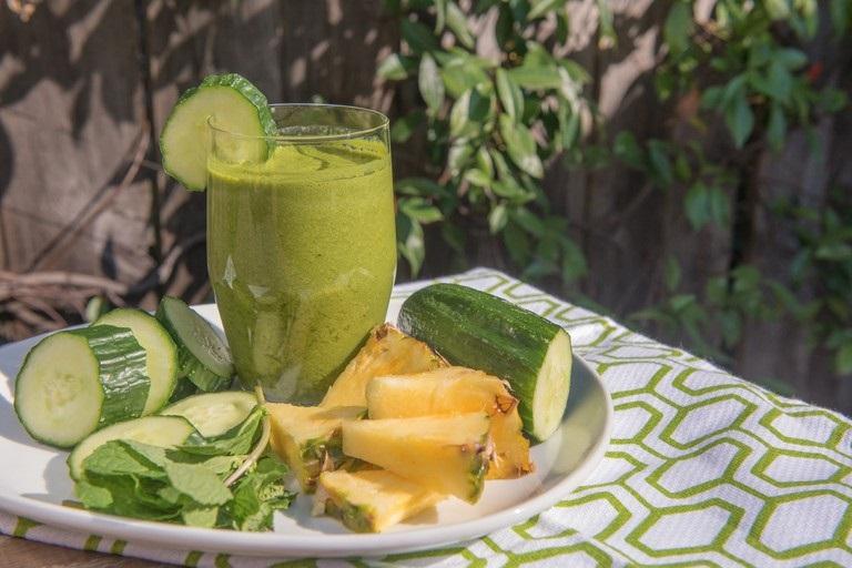 suco de abacaxi com hortelã emagrece seca barriga benefícios